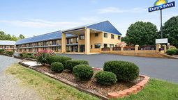 Exterior view DAYS INN RICHBURG