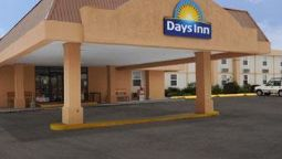 Buitenaanzicht DAYS INN CONNEAUT