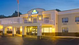 Exterior view DAYS INN NEWBURGH WEST POINT