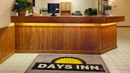 DAYS INN AND SUITES DAVENPORT - Davenport (Iowa)