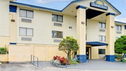 Exterior view DAYS INN AUSTIN CROSSROADS