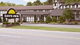Exterior view DAYS INN MUNISING