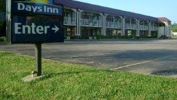 Exterior view DAYS INN WHEELERSBURG PORTSMOU