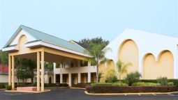 Exterior view DAYS INN CRYSTAL RIVER