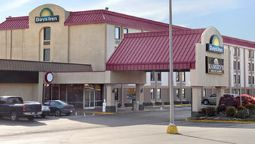Exterior view DAYS INN NORTH KNOXVILLE