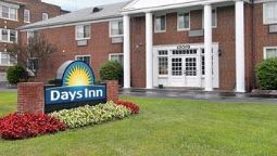 Exterior view DAYS INN CLEVELAND LAKEWOOD