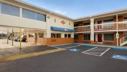 Exterior view DAYS INN JACKSONVILLE NC