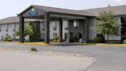 Buitenaanzicht DAYS INN & SUITES WAUSAU