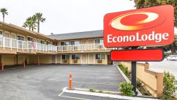 Exterior view Econo Lodge Morro Bay