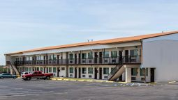 Exterior view Econo Lodge Crestview
