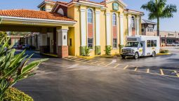 Exterior view Quality Inn Airport - Cruise Port