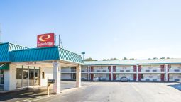 Exterior view Econo Lodge McDonough