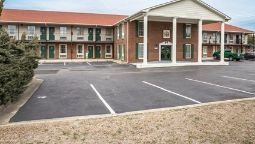 Buitenaanzicht Econo Lodge Crystal Coast