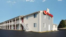 Exterior view Econo Lodge Franklin