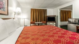 Room Econo Lodge Newport
