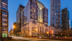 Exterior view Embassy Suites by Hilton Chicago Magnificent Mile