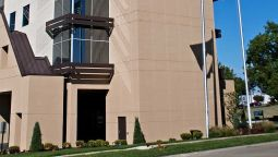 Hotel Embassy Suites by Hilton St Louis Airport