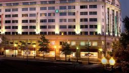 Buitenaanzicht Embassy Suites by Hilton Washington DC Chevy Chase Pavilion