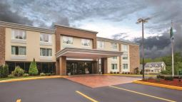 Exterior view Quality Inn Sturbridge