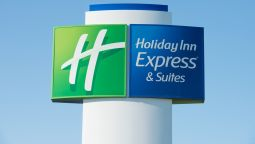 Exterior view Holiday Inn Express & Suites WAUSEON