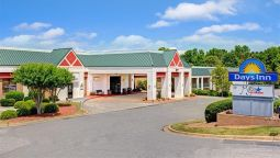 Exterior view DAYS INN CORNELIUS LAKE NORMAN
