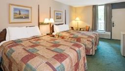 Room DAYS INN CORNELIUS LAKE NORMAN