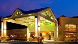Buitenaanzicht Holiday Inn Resort LAKE GEORGE-TURF