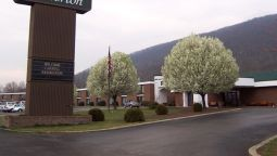 Exterior view Quality Inn & Suites Norton