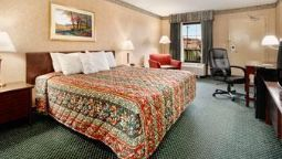 Room DAYS INN AND SUITES YORK