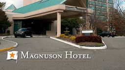 Exterior view MAGNUSON HOTEL OYSTER POINT