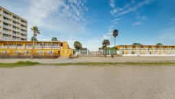Buitenaanzicht Quality Inn & Suites on the Beach