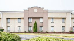 Quality Inn & Suites Airpark East - Greensboro (North Carolina)