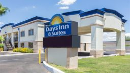 Buitenaanzicht DAYS INN SUITES MESA
