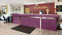 Buitenaanzicht RAMADA LIMITED TELL CITY