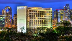 Buitenaanzicht DoubleTree by Hilton Dallas - Market Center