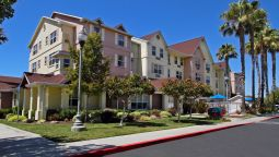 Exterior view TownePlace Suites Newark Silicon Valley