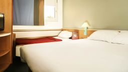 Standard room ibis Orange Centre Echangeur A7 A9