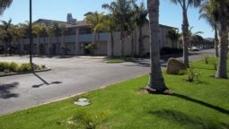 OCAIRNS INN AND SUIT - Lompoc (California)