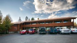 Exterior view BEST WESTERN PTARMIGAN LODGE