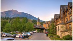 Buitenaanzicht Holiday Inn CANMORE