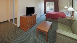 Room COUNTRY INN STE MONTGOMERY EAS