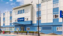 Exterior view TRAVELODGE LONDON BATTERSEA