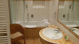 Bathroom BoardingHouse