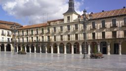 Exterior view NH Collection León Plaza Mayor