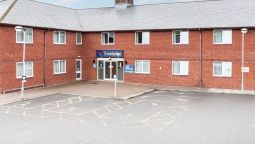 Exterior view TRAVELODGE BARNSTAPLE