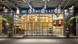 Exterior view Crowne Plaza MANILA GALLERIA