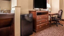 Room Comfort Suites East Brunswick