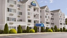 Exterior view DAYS INN & SUITES GROTON NEAR
