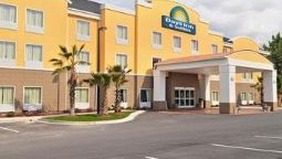 Exterior view DAYS INN & SUITES - SAVANNAH N