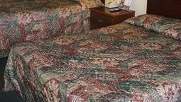 Room Red Carpet Inn Pigeon Forge